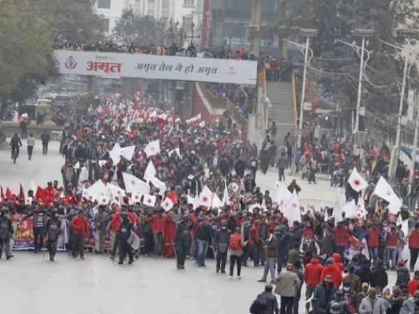 काठमाडौंमा नेकपा ओली समूहको र्याली