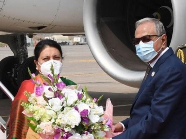 राष्ट्रपति भण्डारीलाई समकक्षीद्वारा विमानस्थल पुगेर स्वागत