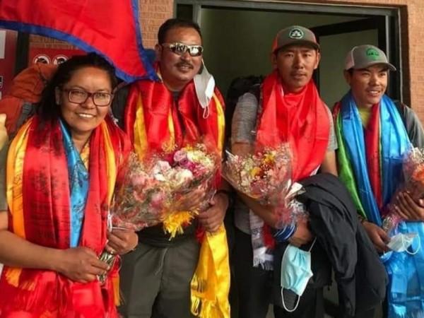जोखिमपूर्ण अन्नपूर्ण हिमाल चढ्न सफल शर्मिला तामाङको भव्य स्वागत