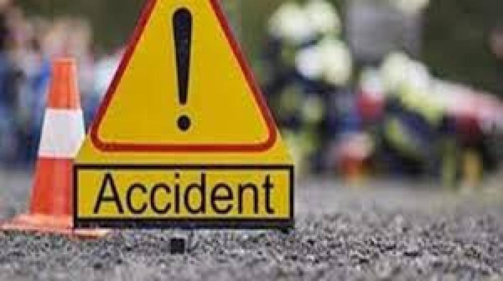 नख्खु दोबाटोमा गाडीले ठक्कर दिँदा एक किशोरीको मृत्यु